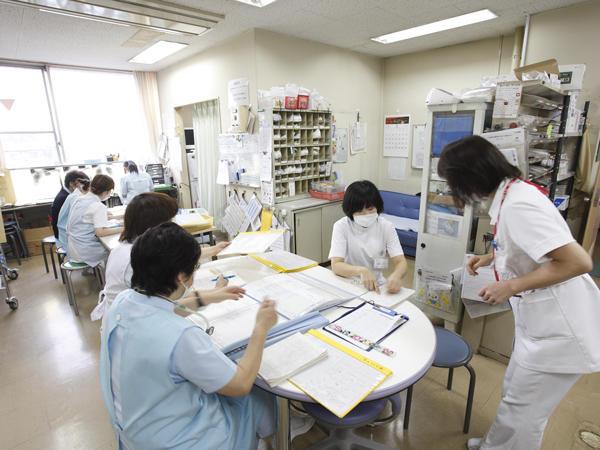 静風荘病院